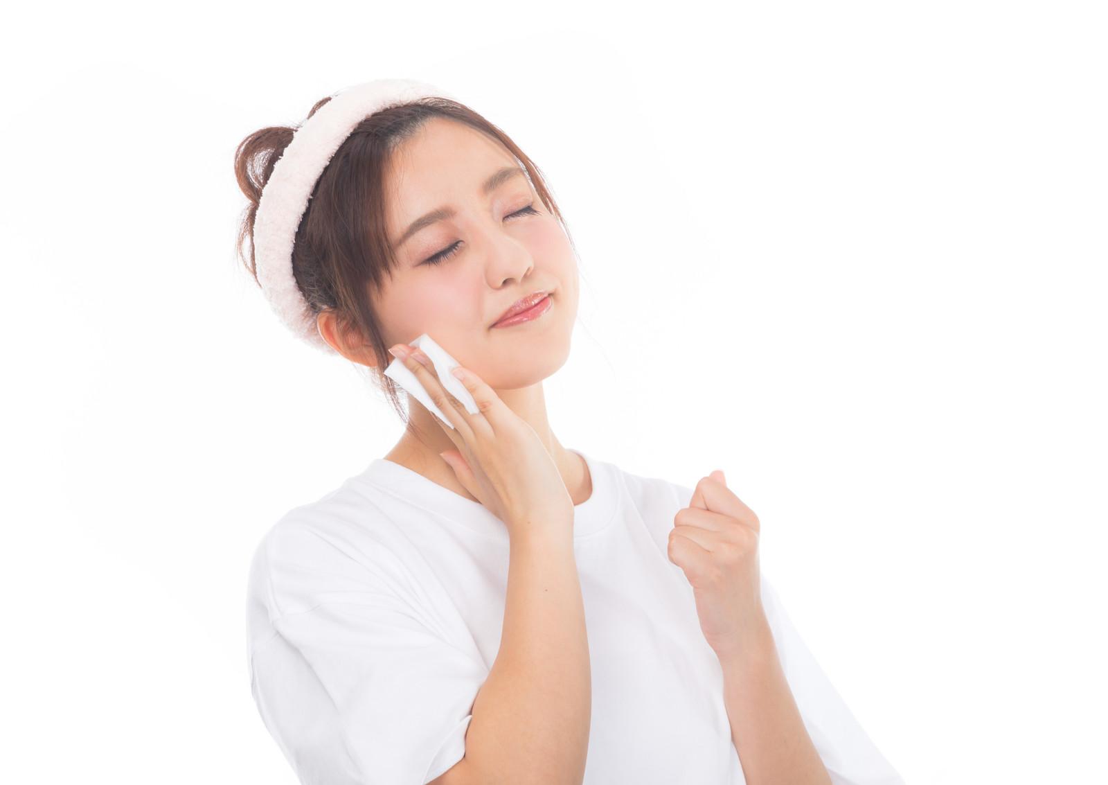 美容液は肌を潤す